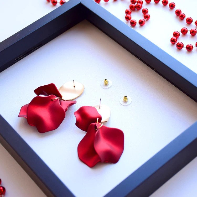 Sexy Earrings Red Flower Petal Earrings For Women